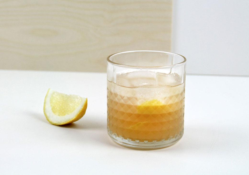 Obstbrand Sour | STILVOL. Drinks aus Schnäpsen und Likören