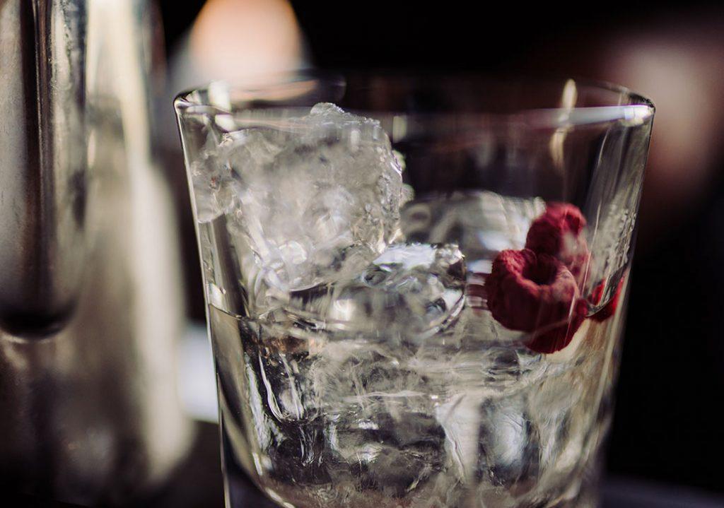 STILVOL. Drinks aus Schnäpsen und Likören