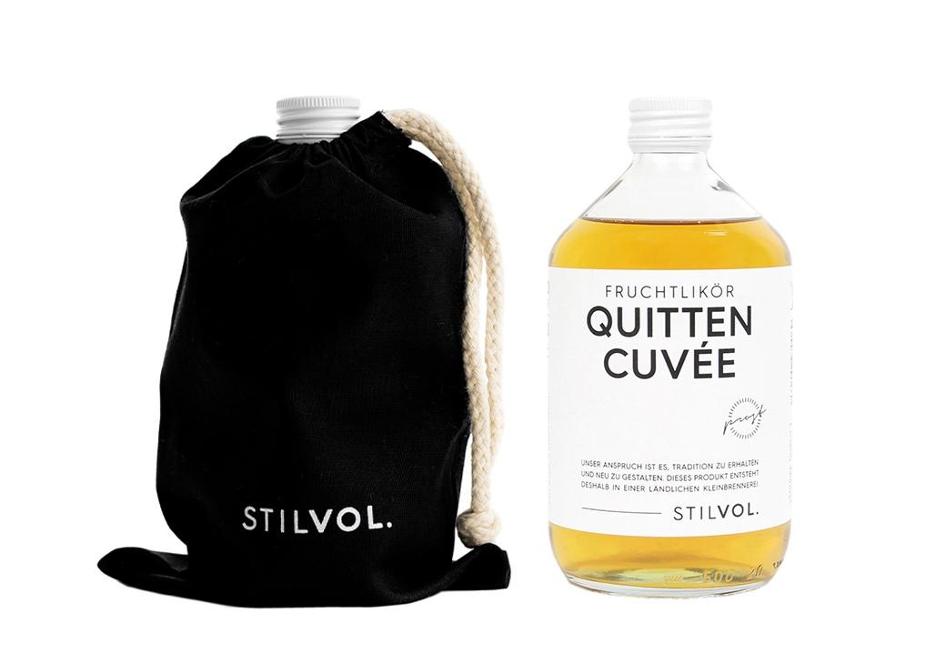 STILVOL. Schöne Schnäpse und Liköre |Design Craft Spirits im Baumwollbeutel | 500ml Quitten Cuvée Fruchtlikör